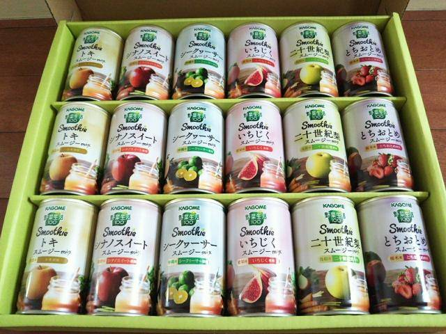 箱に入ったご当地果実のスムージーの画像