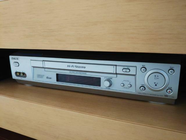 VHSビデオデッキの画像